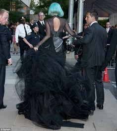Lady Gaga at the 2011 CFDA Fashion Awards. Custom Mugler dress. Turquoise hair!