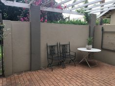 A safe and secure garden cottage available in a boomed off area.Open plan living area, and private. Junk Mail, Garden Cottage, Pretoria, Property For Rent, Beautiful Gardens, Living Area, Patio, Flat, Outdoor Decor