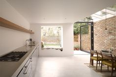 Switch door and window seat location. Nice skylight over dining area Glass Roof Extension, House Extension Design, House Design, Side Extension, Extension Ideas, Kitchen Diner Extension, Open Plan Kitchen, Kitchen Extension Windows, Kitchen Ideas