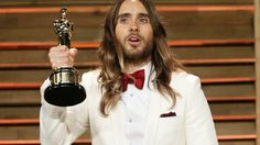 """Jared Leto admits his Oscar is a """"Filthy Mess"""""""