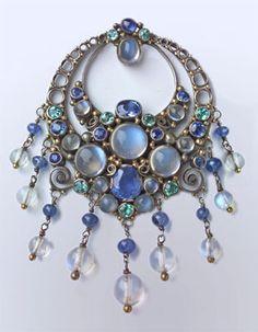 Arts & Crafts Clip Brooch - Tadema Gallery 1930 Doris Nossiter