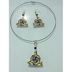 Parure Miyuki tissage peyote avec perles japonaises noires, blanches et jaunes