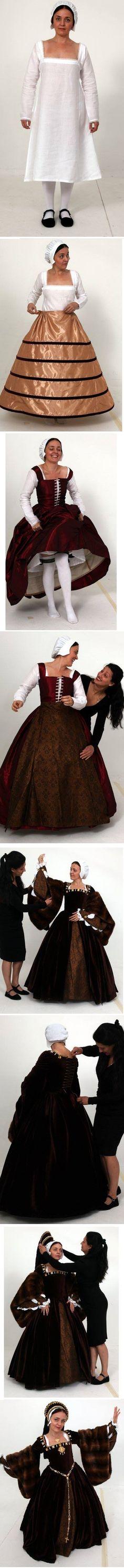 So viele verschiedene Lagen trugen Frauen in der Zeit der Tudors. Nicht viel anders sah Laura bei ihrem ersten Besuch im 16. Jahrhundert aus.