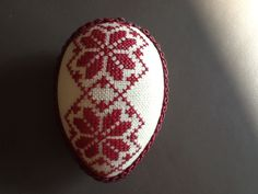 Osterei Cross Stitching, Hand Embroidery, Easter, Gardening, Cross Stitch, Hand Crafts, Crosses, Seed Stitch, Easter Activities