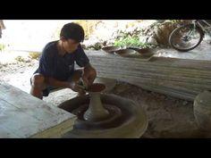 Potter in Singkawang, Borneo http://youtu.be/TwDp2jlovfI