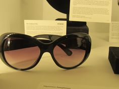 The glasses that started it all. If they came in a menswear version, I'd happily own them.  Jackie Kennedy Sunglasses at the Kennedy Center