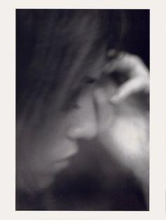 Par Mario Sorenti pour Vogue Paris (Décembre 2008)