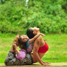 Internet's Famous Yoga Mom - Laura Karperzak | Instagram, Laura, Kasperzak, Followers, Jersey