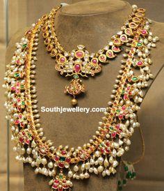 Simple Mango Necklace and Guttapusalu Haram - Indian Jewellery Designs Indian Jewellery Design, Latest Jewellery, Jewelry Design, Designer Jewelry, Designer Clothing, Indian Wedding Jewelry, Bridal Jewelry, Gold Jewelry, Indian Bridal