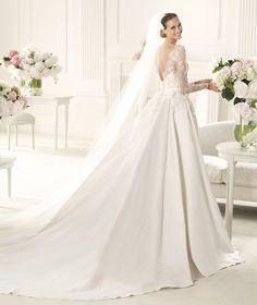 Mы ❤ это свадебное платье #weddingdress от #ElieSaab