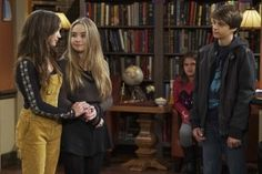 First look at Girl Meets Money #Promopicture #girlmeetsworld #gmw…