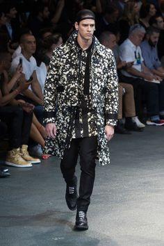 Givenchy #15
