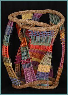 Hourglass (2003) by master basket weaver Tina Puckett Weaving Textiles, Weaving Art, Willow Weaving, Basket Weaving, Textile Sculpture, Textile Art, Making Baskets, Wooden Beads, Bunt