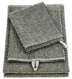 MERI, towels. 70% linen/ 30% cotton. By Finnish interior company Lapuan Kankurit. Web shop.