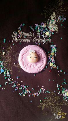 #Imán #galleta con #beba en #porcelana fría #souvenir