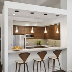 Small kitchen design planning is important since the kitchen can be the main focal point in most homes. We share collection of small kitchen design ideas Small Kitchen Bar, Kitchen Bar Counter, Kitchen Bar Design, Breakfast Bar Kitchen, Kitchen On A Budget, New Kitchen, Kitchen Dining, Kitchen Decor, Kitchen Ideas