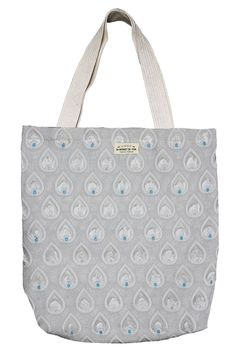 Shopper! Tote Bags! Gefunden auf Dreamdress.at! #Shopper, #Bags, #ToteBags, #Taschen Shopper Tote, Tote Bags, Fashion, Accessories, Taschen, Busy Bags, Moda, Fashion Styles, Totes