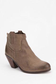0659f60c8 Sam Edelman Lisle Ankle Boot. Fall ShoesLeather ...