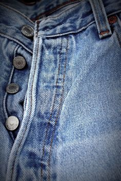 button-up Levis 501 / Lived in these for years now you can't find em. They were a classic I will miss  #GotItFree