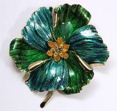 Vintage HENKEL GROSSE Germany 1967 Large Green Enamel Dogwood Flower Brooch Pin
