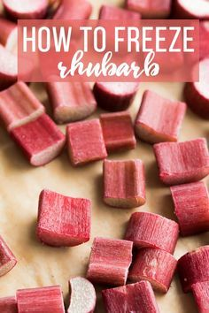 nice How to freeze rhubarb- a step by step tutorial with photos to show you exactly how to freeze rhubarb so you can enjoy it all year round! Also includes tips and recipes for using frozen rhubarb. CONTINUE READING Shared by: mamabeaches Frozen Rhubarb Recipes, Rhubarb Desserts, Fruit Recipes, Dessert Recipes, Dinner Recipes, Ruhbarb Recipes, Healthy Rhubarb Recipes, Strawberry Rhubarb Recipes, Rhubarb Coffee Cakes