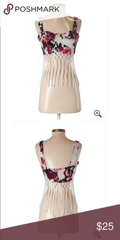 🆕 H&M Red Floral Croo Top W/ Fringe Accents Small Brand new with tags! Thank you for looking! H&M Tops Crop Tops