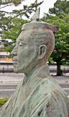 Statue of Mori Motonari which stands in Hagi city #Samurai