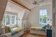 Three Twin Beds Design Ideas, Pictures, Remodel and Decor Platform Bed With Storage, Twin Platform Bed, Bed Frame With Storage, Style Cottage, Farmhouse Style, Cottage Design, Farmhouse Design, Twin Xl Bed Frame, Twin Beds