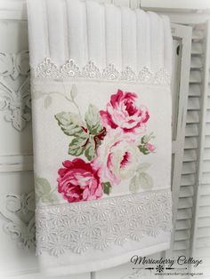Luxury display towel French pink roses