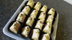Mini swiss rolls with nougat creme filling Swiss Rolls, Sushi, Sweets, Mini, Ethnic Recipes, Food, Good Stocking Stuffers, Jelly Rolls, Candy