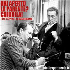 """Hai aperto la parente? Chiudila!"" (da ""Totò, Peppino e la malafemmina"" di Camillo Mastrocinque con Antonio De Curtis e Peppino De Filippo - 1956) Two Of A Kind, Cinema Film, Best Couple, Pose Reference, Movie Stars, Actors & Actresses, Poses, Black And White, Couple Photos"