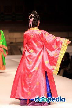 Goryeo Dynasty(AD918-1392) Korean traditional clothes #hanbok Korean Dress, Korean Outfits, Korean Clothes, Korean Traditional Dress, Traditional Dresses, Beautiful Costumes, Vintage Outfits, Vintage Clothing, Korean Fashion