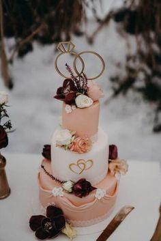 #Hochzeitstorte Tirli Villach #Sarah_Papeterie #Caketopper Metal, Cake, Desserts, Food, Style, Villach, Cake Wedding, Wedding Pie Table, Getting Married