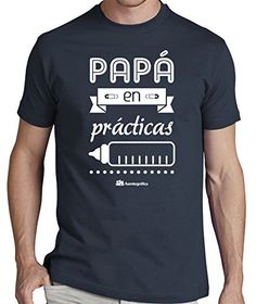 Esta camiseta para padres primerizos, nos recuerda que comienza una gran etapa en la vida y que todo es cuestión de práctica... incluso ser padre.