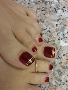 39 Ideas For Pedicure Designs Maroon Toe Nails 39 Ideas For Pedicure Designs Maroon Toe Nails - Nail Designs Pretty Toe Nails, Cute Toe Nails, Pointy Nails, My Nails, Gold Toe Nails, Black Toe Nails, Pretty Toes, Red And Gold Nails, Long Nails