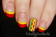 This would be a cute idea, to paint your nails like this, if you are going on a picnic! Maybe a family reunion. :o)