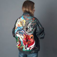 Painted Denim Jacket, Painted Jeans, Painted Clothes, Diy Clothing, Custom Clothes, Custom Denim Jackets, Denim Fashion, Fashion Outfits, Denim Art