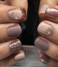 """Nail Trends to Try in 2018 The cool thing about accent nails is that you don't need a design on every finger. Try adding black accents on all ten nails or compliment one or two. """"It can be tricky incorporating black accents to nails,"""" saysA base of silver Fancy Nails, Pretty Nails, Sparkle Nails, Glitter Accent Nails, Shellac Nails Glitter, Summer Shellac Nails, Bio Gel Nails, Short Gel Nails, Short Nails Art"""