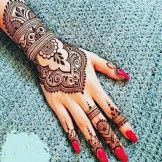 Cute And Simple Mehandi Designs 2018
