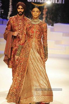 Model Candice Pinto walks the runway displaying an outfit by fashion designer Vikram Phadnis during the Renaissance's Wedding Fair 2015 in Mumbai. (Pic: Viral Bhayani) Renaissance's Wedding Fair: Vikram Phadnis Photogallery at ETimes