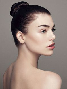 Clean and simple beauty. #makeup #beauty nice pose for hair too