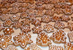 Výborné medovníky (fotorecept) Gingerbread Cookies, Christmas Decorations, Xmas, Cooking, Sweet, Cholesterol, Food, Album, Cakes