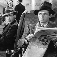 Humphrey Bogart, Elisha Cook Jr. [The Maltese Falcon (1941)]