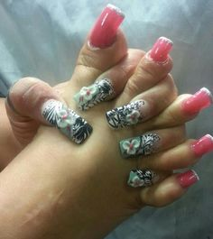 Acrylic nails by Mariass Ortiz