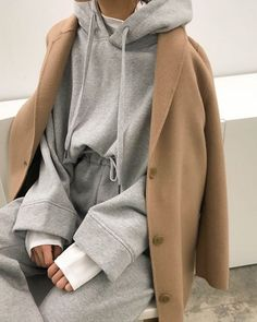 Hoodie 1811 Tshirt 1814 Pant Handmade coat 1820 - Clothing World Fashion Mode, Look Fashion, Korean Fashion, Womens Fashion, Fashion Trends, Fashion Fall, Mode Outfits, Winter Outfits, Casual Outfits