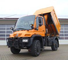 Unimog 500 U500 mit Kehrmaschine