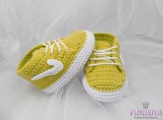 Yellow Baby shoes, baby booties, baby shower gift, crochet baby shoes, soft sole baby shoes, baby gift, baby, crochet baby,  baby sneakers, by Yunisiya on Etsy