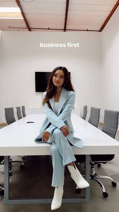 Business Casual Outfits, Business Fashion, Classy Outfits, Chic Outfits, Business Women, Fashion Outfits, Work Attire Women, Moderne Outfits, Look Blazer