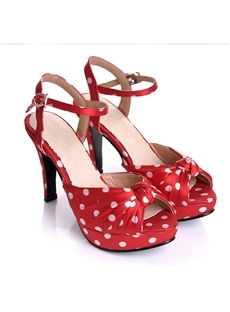 Red and White Polka Dot Heels... YES! I want these!!