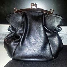 Bomby Cat Purrse / cat purse / cat bag / www.meowingtons / meowingtons / @vbella23